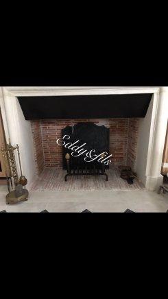 Foyer ouvert en briquettes ancienne
