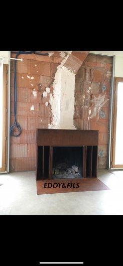 réalisation d'une cheminée moderne  en acier finition rouille